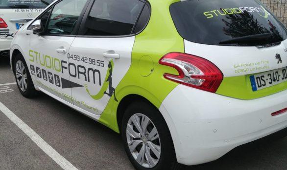 Décoration de véhicule pour Studio Form au Rouret