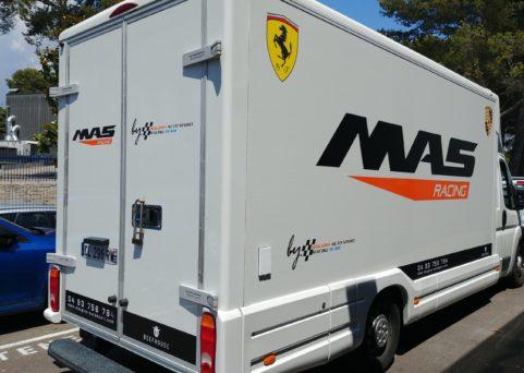Décoration de véhicule pour Mougins Auto Sport
